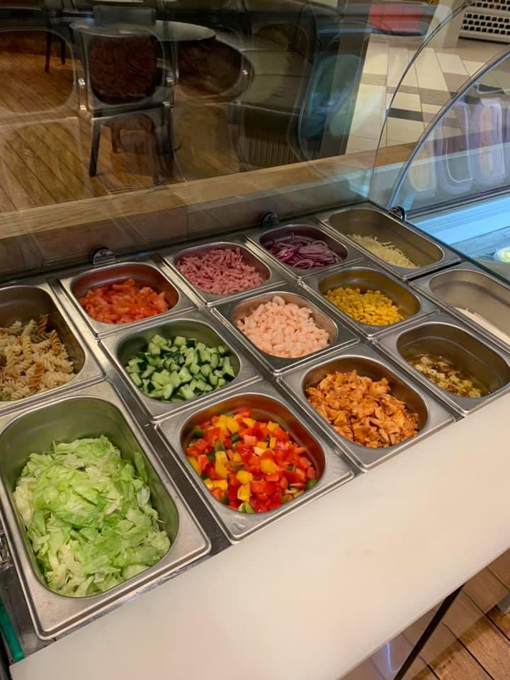Salatbaren på kafeen i Aurskog Senter